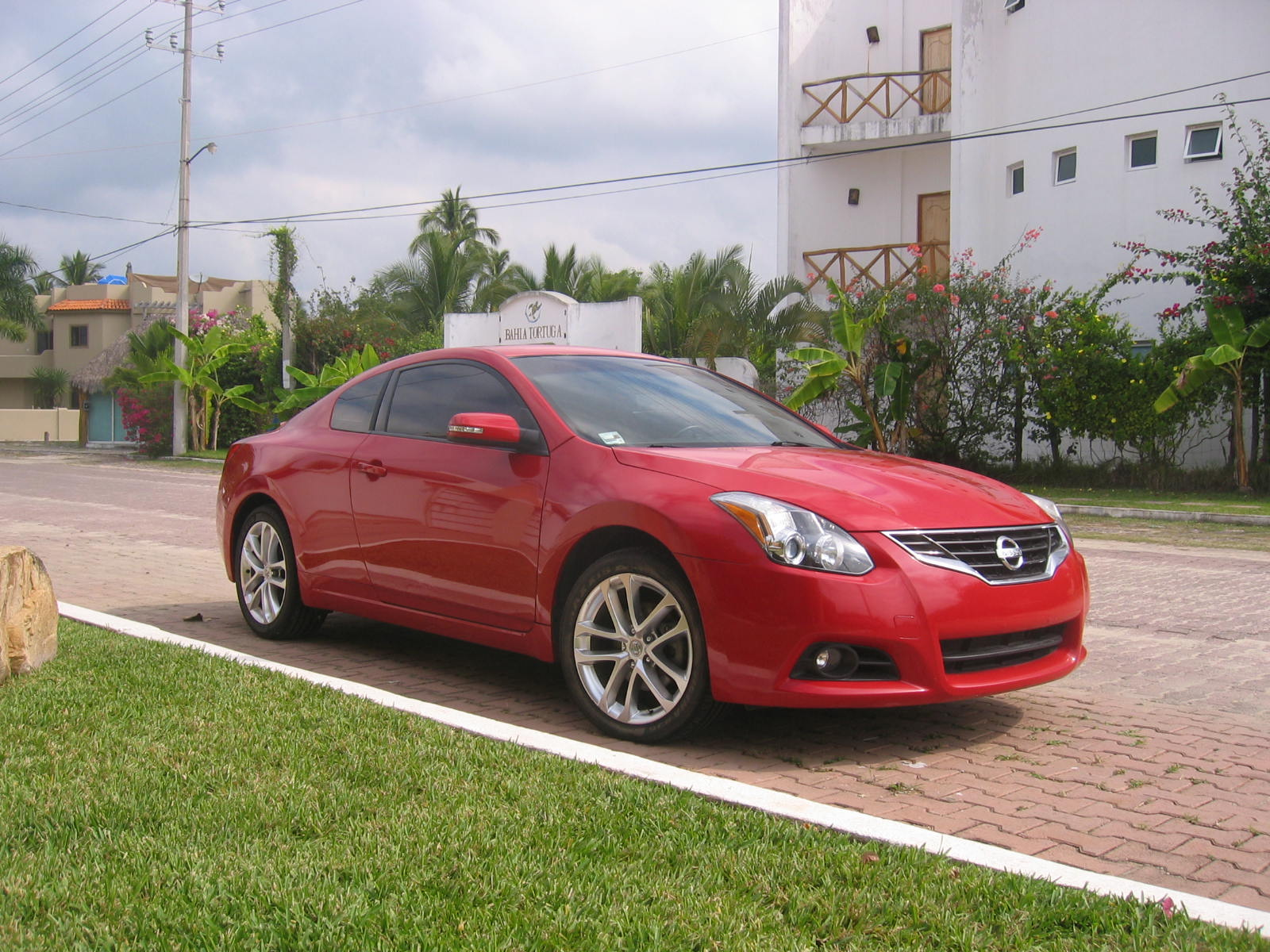 Red 2010 Nissan Altima for sale